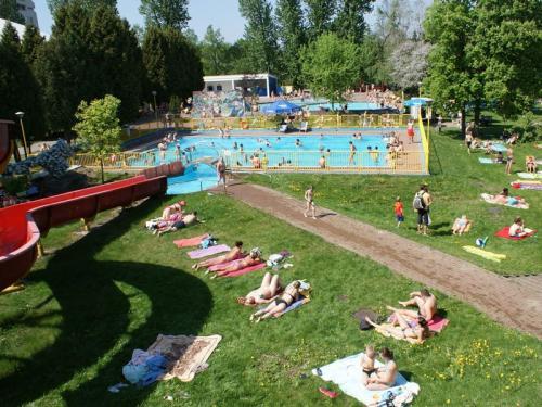 Pływalnia letnia Inflancka